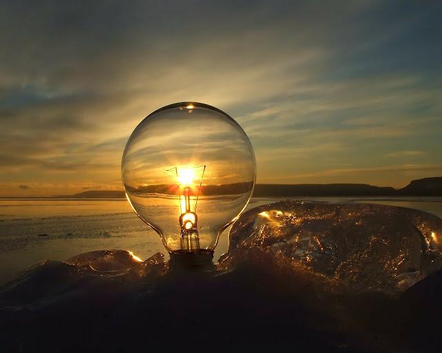 la luce delle idee